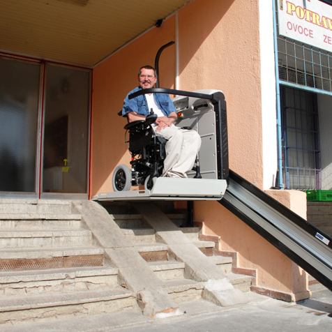 Šikmá schodisková plošina – požitie